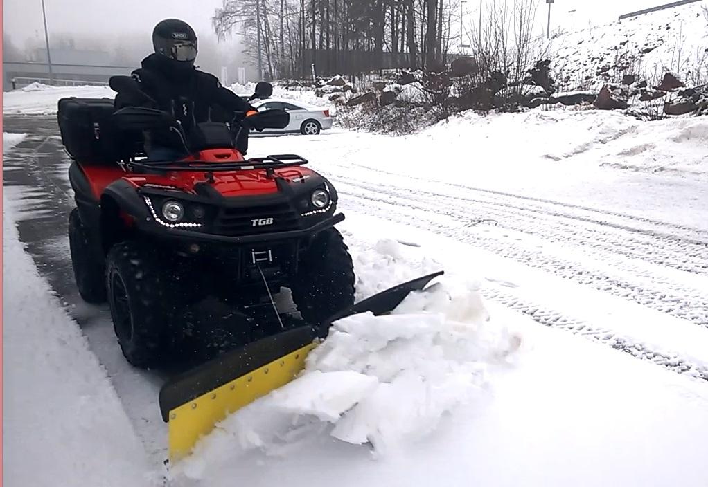 Finman V-Aura lumitöissä, video 4
